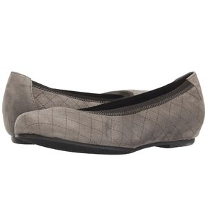 Munro Womens Vicki Flats Etched Taupe Sue…